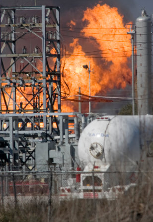 Image: Flames erupt from the Enterprise Products plant in Mont Belvieu, Texas