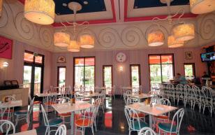 Image: Serendipity III Restaurant