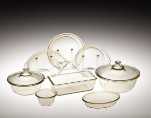 Image: Corning Ware and PYREX