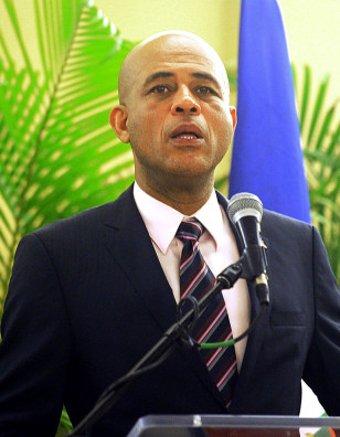 Image: President-elect Michel Martelly addresses newly elected deputies and congressmen