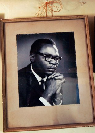 Image: A photograph of Barack Obama Sr.