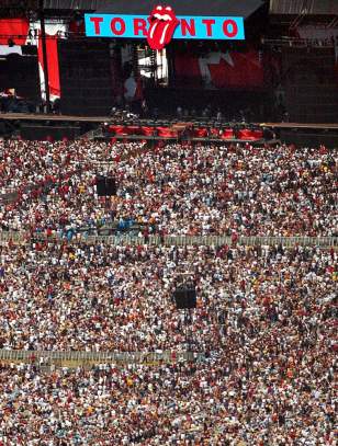 Image: An aerial view of the Concert for SARS Relief at Downsview Park in Toronto on July 30, 2003.