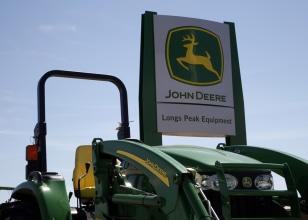 Image:John Deere tractor
