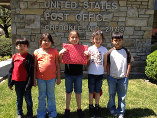 Image: Cherokee children outside their local post office