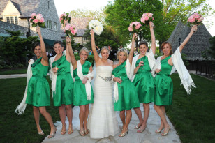 Image: Katie Dunlop with her bridesmaids on her wedding day