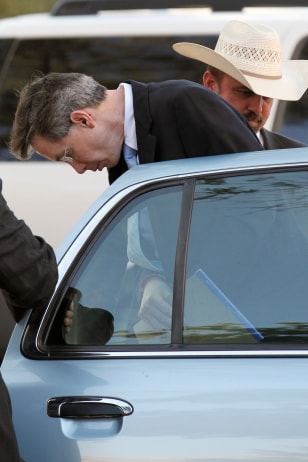 Image: Warren Jeffs escorted by police in San Angelo, Texas