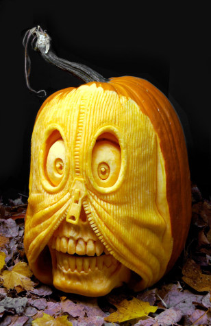 Image: Pumpkin carving with zipper