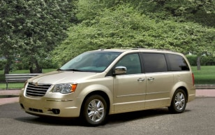 Image: Chrysler Town & Country