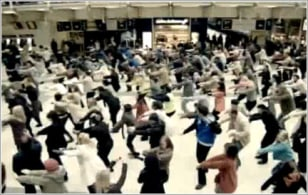 Image: London Tube flash mob