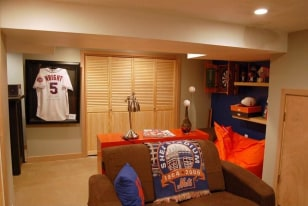Image: New York Mets Clubhouse man cave