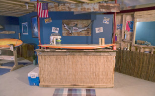 Image: Surfer-themed man cave