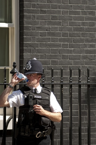 Image: London police officer cools off
