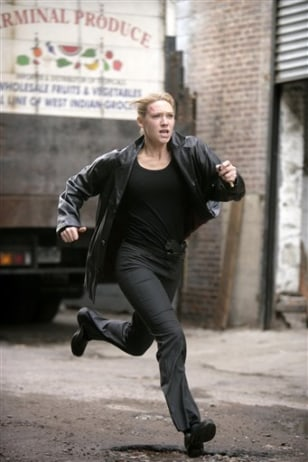 AP on TV Fringe Anna Torv