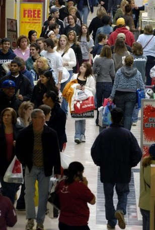 Image: Black Friday shoppers