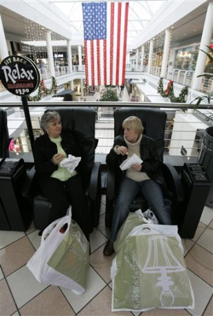 Image: Candian Shoppers in the U.S.
