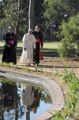 Image: Pope Benedict XVI in Australia