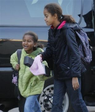 Image: Sasha and Malia Obama
