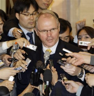 Image: U.S. nuclear envoy Christopher Hill