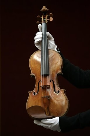 VIOLIN AUCTION