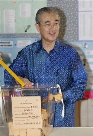 APTOPIX Malaysia Elections