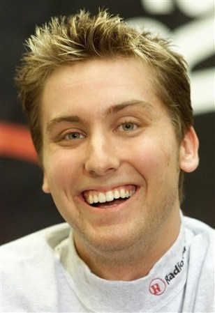 PEOPLE LANCE BASS