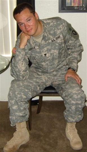 Image:Army Spc. Victor Agosto