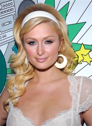 PEOPLE PARIS HILTON