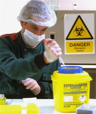Image: Assistant forensic scientist