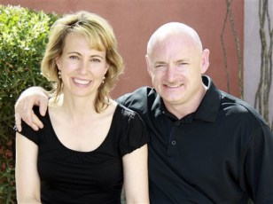 Image: Gabrielle Giffords, Mark Kelly