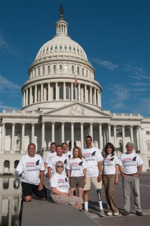 Image: Shark victims pose before Congress