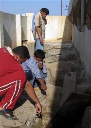 IMAGE: Iraq schoolyard
