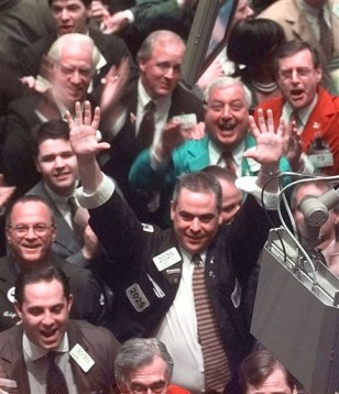 Image: Traders on the New York Stock Exchange