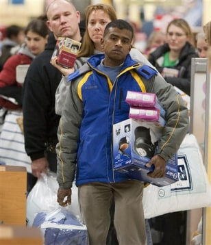 Image: Shoppers in Kohl's