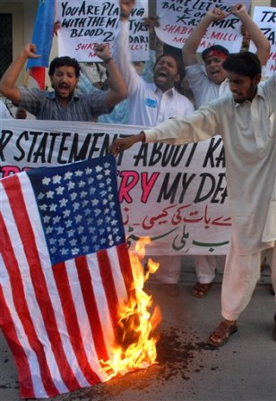 Image: Pakistani demonstrators