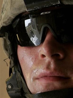 IMAGE: US SOLDIER IN BAGHDAD