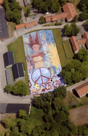 IMAGE: Giant painting