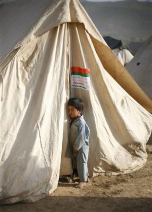 Image: Boy in refugee camp