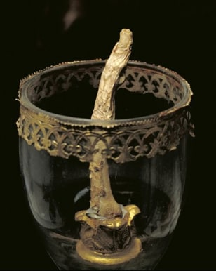 Image: Galileo's finger
