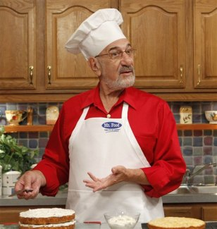 IMAGE: Art Ginsburg during a cooking rehearsal