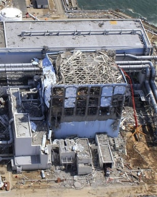 Image: Damaged No. 4 unit of the crippled Fukushima Dai-ichi nuclear power plant