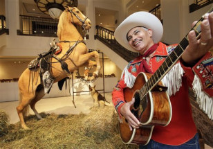 Image: Roy Rogers auction items
