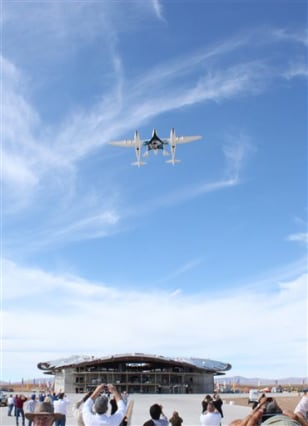Image: SpaceShipTwo flyover