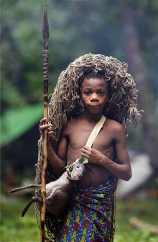 people of the congo rainforest There are some 200,000 - 250,000 native rainforest inhabitants spread across cameroon, gabon, equatorial guinea, central african republic, republic of the congo, rwanda, burundi, uganda and .