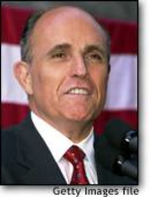 Image: Guiliani Helps Out Romney In Gubernatorial Run