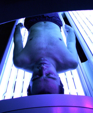 Image: tanning bed