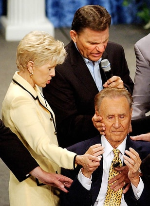 Image: Gloria Copeland and Kenneth Copeland with Oral Roberts