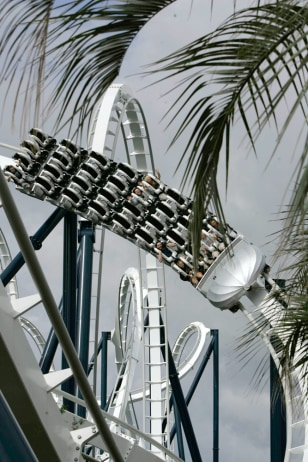 Image: Hard Rock Park's Led Zeppelin Roller Coaster