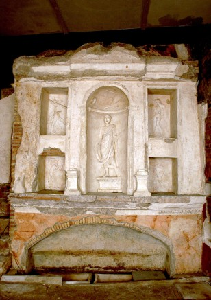 Image: Pagan tombs reopened by the Vatican
