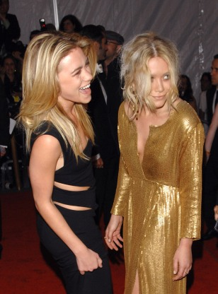Image: Mary-Kate Olsen and Ashley Olsen