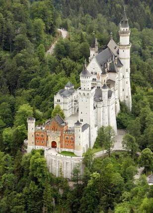 Image: Neuschwanstein Castle